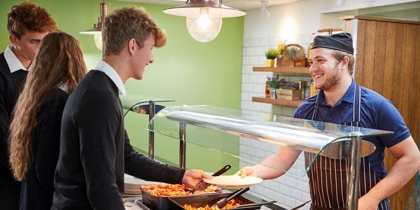 保障学校及耽误食堂食品安全