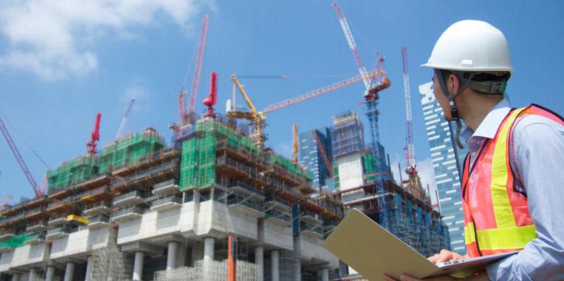 现场检测塔吊吊运安全性与稳定性