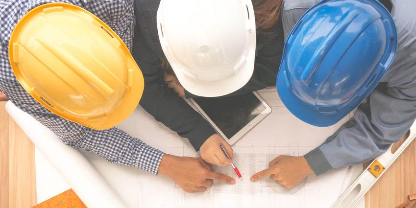 多方面检查、评估现场材料品牌符合度情况