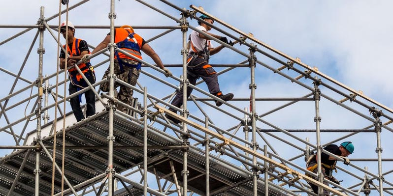 全面检查评估项目悬挑式脚手架安全合规性